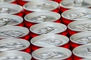 Coca-Cola lanseerasi riisutun tölkin (300 x 199)