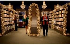 Lady Gaga ja Tony Bennett laulavat taas yhdessä - tällä kertaa kirjakaupan joulumainoksessa (300 x 194)