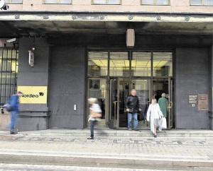Nordean tulos laski - tutkii myös mahdollisuuksia siirtää pääkonttorinsa Ruotsista Suomeen tai Tanskaan (800 x 644)