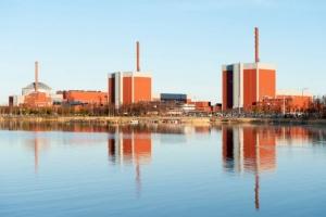 Minikoon ydinvoimala kulkee tarvittaessa kiskoilla - ja toimii tyhjiössä (800 x 533)