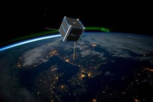 100-vuotiasta Suomea juhlistava satelliitti laukaistaan avaruuteen loppuvuodesta – antaa lisätietoa revontulien synnystä (800 x 533)