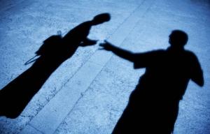 Alkeellinen moka johti tietomurtoon, uhreja kiristetään –