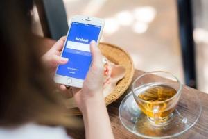 Kärsitkö hitaasta netistä? Facebook on kuullut kiroilusi (800 x 534)