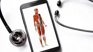 Lääkäri voi kuunnella sydäntäsi älypuhelimen välityksellä (800 x 446)