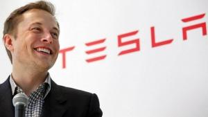 Teslan perustaja osti serkkupoikien yrityksen: