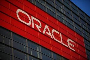 Oracle tilkki kriittisiä haavoittuvuuksia ennätystuhdilla korjaussarjalla (800 x 534)